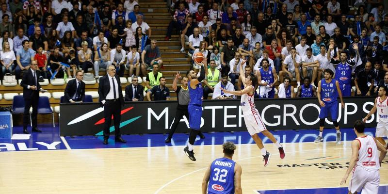 MASTER GROUP SPORT AND ITALIAN BASKETBALL NATIONAL TEAM IN TRIESTE FOR A...